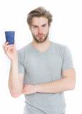 Укомплектуйте личным составом питье от на вынос чашки кофе или чая Стоковое Фото
