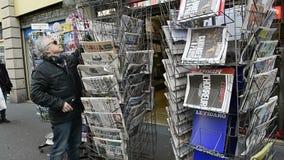 Укомплектуйте личным составом покупая кассету чтения о нападениях в Париже акции видеоматериалы