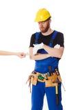 Укомплектуйте личным составом построитель в равномерных и белых перчатках Стоковая Фотография RF