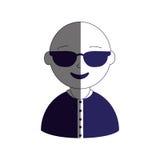 Укомплектуйте личным составом половинный цвет силуэта тела с солнечными очками и облыселый Стоковые Фотографии RF