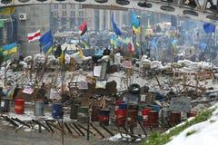Украина, Киев, Maidan Город шатра, баррикады в квадрате Стоковое Фото