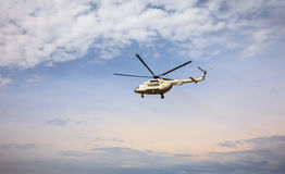 Украинский воинский вертолет Mi-8 Стоковая Фотография RF
