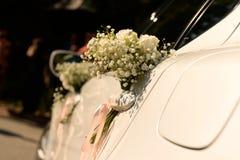 Украшение букета цветка на автомобиле Стоковая Фотография RF