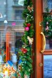 Украшение венка на двери на праздник рождества Стоковые Фото