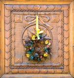 Украшение венка рождества флористическое с безделушками Стоковая Фотография