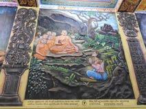 Украшение виска и большой памятник Будды, туристское назначение, Шри-Ланка стоковые изображения rf
