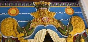 Украшение внутри виска священной реликвии зуба Стоковое Фото