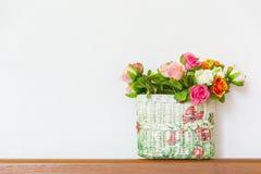 Украшение дома цветка пластмассы розовое Стоковые Изображения