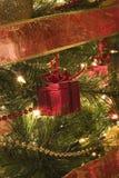 Украшение дерева формы подарка на рождество Стоковое Изображение