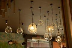 Украшение кафа с лампами стоковое фото