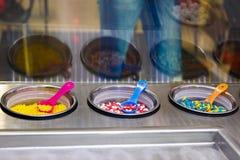 Украшение кондитерскаи для сладостного десерта мороженого в металле Стоковое Изображение RF