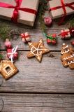 Украшение на рождество и Новый Год на деревянной предпосылке Стоковое Фото