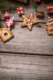 Украшение на рождество и Новый Год на деревянной предпосылке Стоковое фото RF