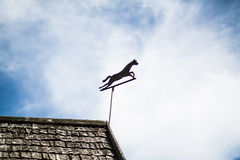 Украшение лошади металла на крыше Стоковые Фото