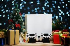 Украшение подарка рождества консоли игры Подарок рождества для Gamer стоковые изображения rf