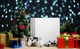 Украшение подарка рождества консоли игры Подарок рождества для Gamer стоковые фотографии rf