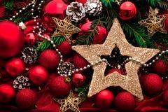 Украшение пришествия с горя свечой звезды абстрактной картины конструкции украшения рождества предпосылки темной красные белые стоковое изображение rf
