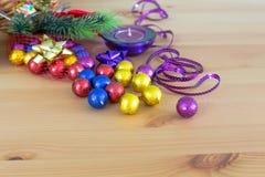 Украшение, пурпур и желтый цвет праздника рождества Стоковые Фотографии RF