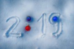 Украшение рождества в снеге стоковые фотографии rf