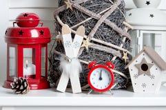Украшение рождества на предпосылке двери Стоковое Изображение