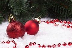 Украшение рождества с snowlakes и шариками рождества Стоковые Изображения RF