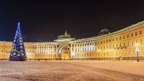 Украшение рождества квадрата дворца в Санкт-Петербурге Стоковые Изображения RF