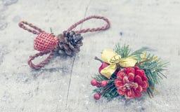 Украшение рождества на деревянном классн классном Стоковые Изображения