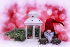 Украшение рождества на красной и белой абстрактной предпосылке Стоковая Фотография RF