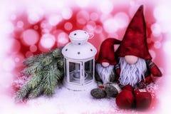 Украшение рождества на красной и белой абстрактной предпосылке Стоковое фото RF