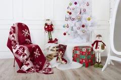Украшение рождества - снеговик и дерево Стоковое Изображение RF