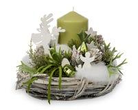 Украшение рождества - состав рождества сделанный от венка, свечей и изолированных аксессуаров рождества декоративных Стоковые Фото