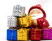 Украшение Санта Клаус с подарочной коробкой стоковая фотография