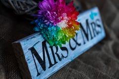 Украшение свадьбы радуги handmade стоковое фото