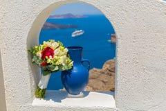 Украшение свадьбы в окне беседкы Стоковые Изображения