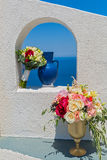 Украшение свадьбы в окне беседкы Стоковые Изображения RF