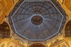 Украшение светов рождества в галерее Vittorio Emanuele II стоковые фотографии rf