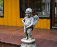 Украшение статуи купидона Стоковая Фотография RF