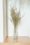 Украшение цветка в живущей комнате Стоковые Фото