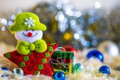 Украшение шарика подарка Санта Клауса и серебра красочное и золота голубого зеленого цвета красное на chrismas Стоковое фото RF