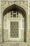Украшение Marbel усыпальницы Itimad-ud-Daulah или младенца Taj в Агре, Индии Стоковые Изображения RF