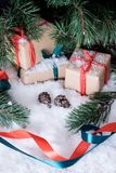 Украшения рождества на белом снеге Стоковые Изображения