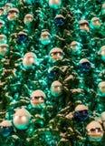 Украшения рождества на елевом дереве стоковые фотографии rf