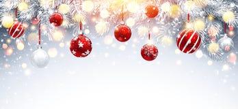 Украшения рождества с красными шариками и ветвями ели вектор бесплатная иллюстрация