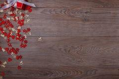 Украшения рождества на деревянной предпосылке с космосом экземпляра для текста Стоковые Изображения