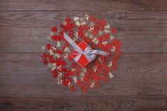 Украшения рождества на деревянной предпосылке с космосом экземпляра для текста Стоковые Изображения RF