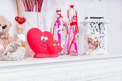 Украшения сердца дня валентинок на хламиде Стоковая Фотография