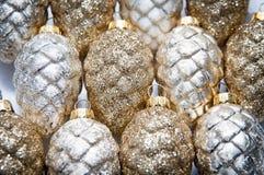 украшения экземпляра рождества фокусируют вал космоса большого орнамента золота красный Стоковая Фотография