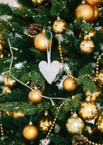 украшения экземпляра рождества фокусируют вал космоса большого орнамента золота красный Стоковое фото RF