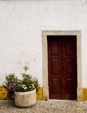 Украшенная дверь Obidos Португалия Стоковая Фотография RF
