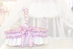 украшенная корзина младенца Стоковые Фото